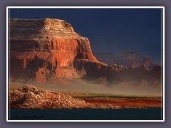 Lake Powell - Castle Rock im Sandsturm